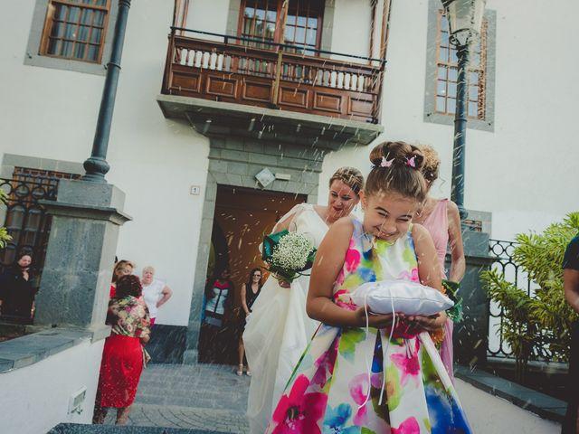 La boda de Zeneida y Cathaysa en Telde, Las Palmas 30
