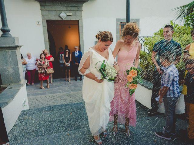 La boda de Zeneida y Cathaysa en Telde, Las Palmas 31