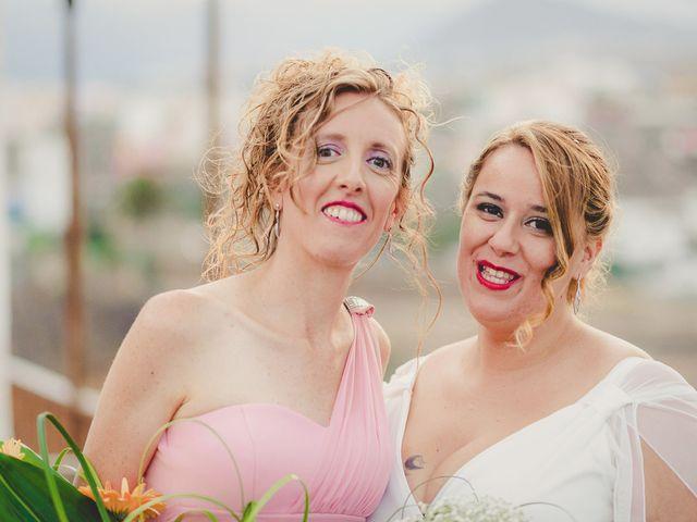 La boda de Zeneida y Cathaysa en Telde, Las Palmas 45