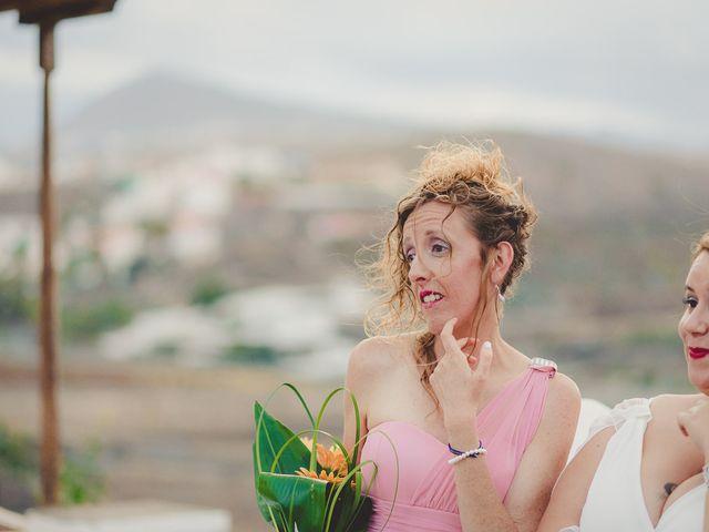 La boda de Zeneida y Cathaysa en Telde, Las Palmas 53