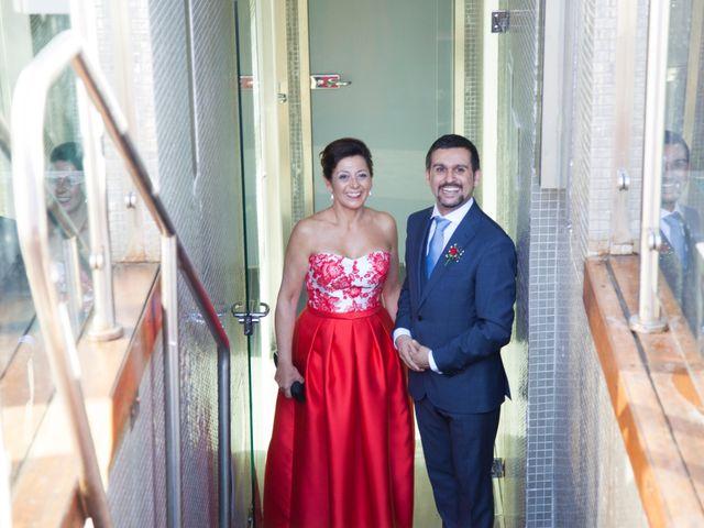 La boda de Pablo y Laura en Madrid, Madrid 13