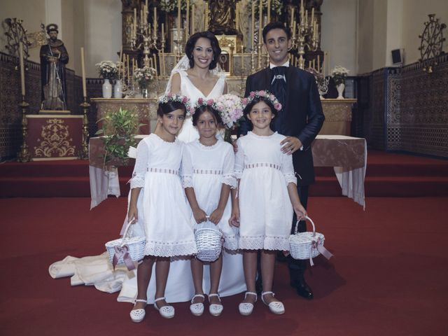 La boda de Antonio y Mª Del Carmen en Lepe, Huelva 35