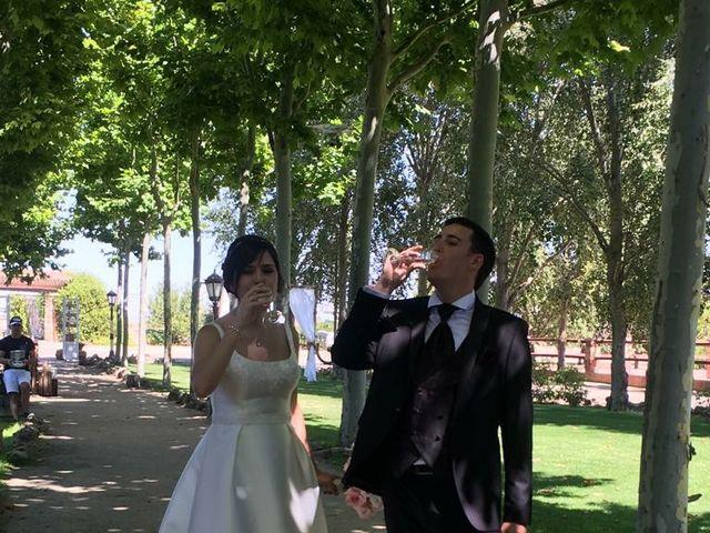 La boda de David y Patricia en Horcajo De Las Torres, Ávila 1