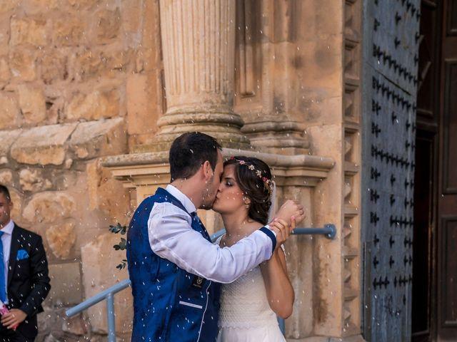 La boda de Adrián y María en Calamocha, Teruel 14