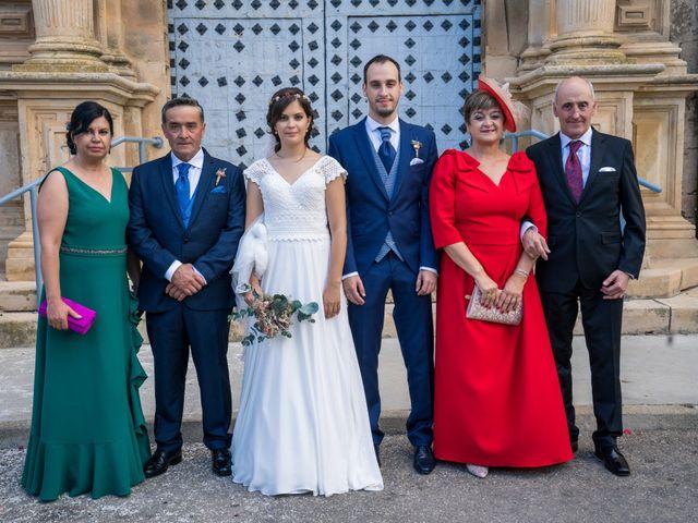 La boda de Adrián y María en Calamocha, Teruel 15