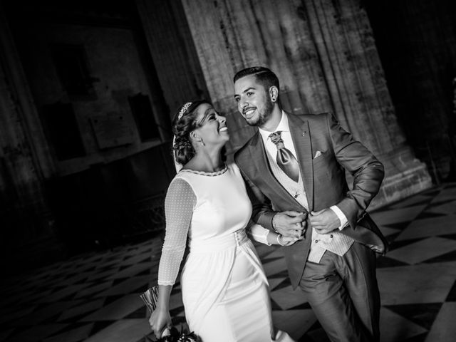 La boda de Caro y Juanma en Sevilla, Sevilla 26