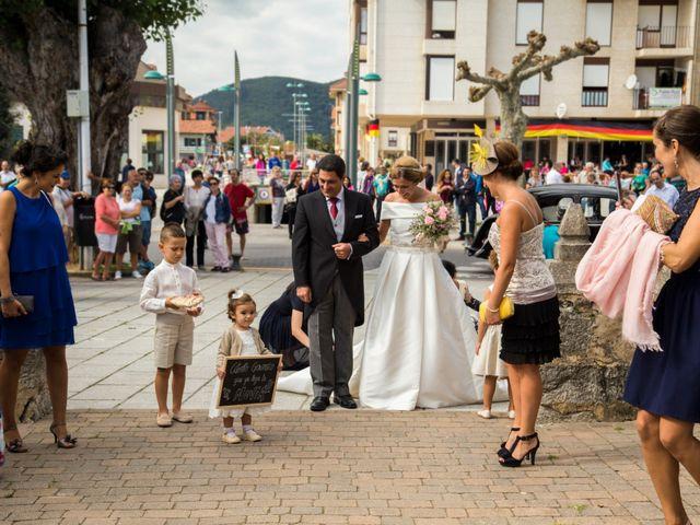 La boda de Gonzalo y Oihana en Noja, Cantabria 15