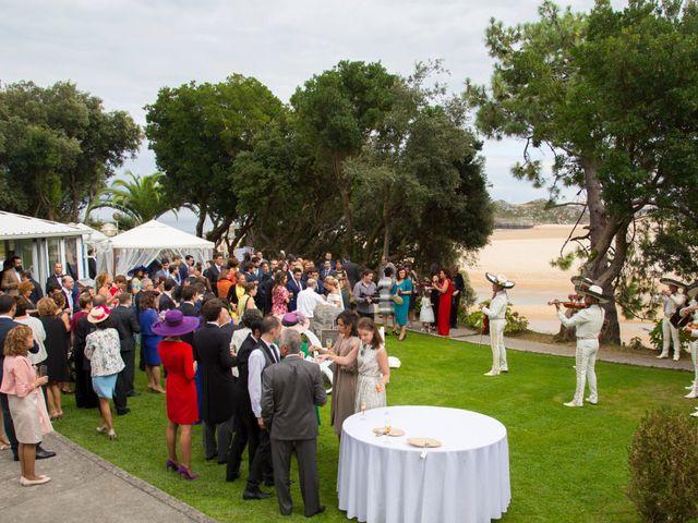 La boda de Gonzalo y Oihana en Noja, Cantabria 28