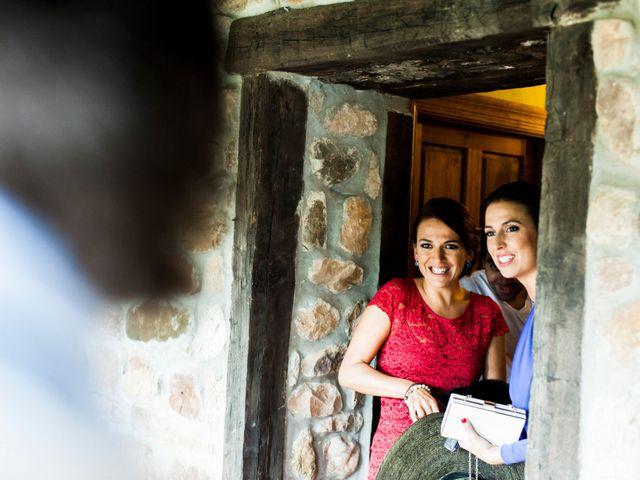 La boda de Carlos y Claudia en Las Fraguas, Cantabria 9