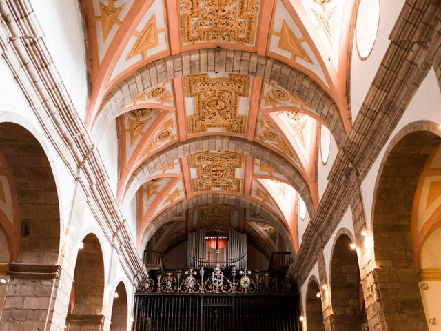 La boda de Carlos y Claudia en Las Fraguas, Cantabria 32