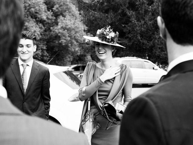 La boda de Carlos y Claudia en Las Fraguas, Cantabria 35