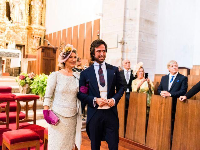 La boda de Carlos y Claudia en Las Fraguas, Cantabria 43