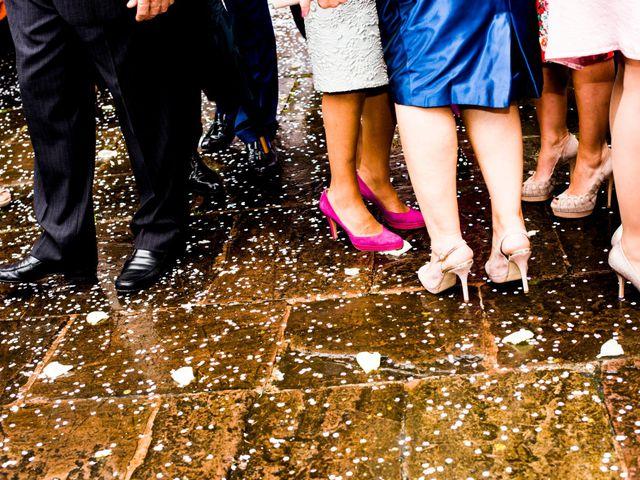 La boda de Carlos y Claudia en Las Fraguas, Cantabria 55
