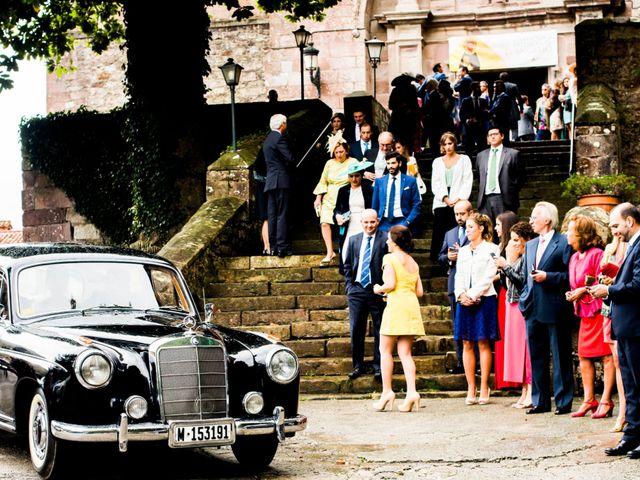 La boda de Carlos y Claudia en Las Fraguas, Cantabria 60