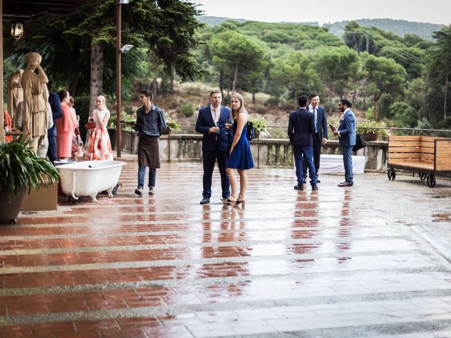 La boda de Harri y Fabiana en Mataró, Barcelona 70