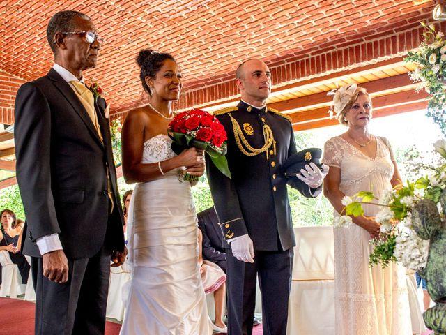 La boda de Jose Luis y Yanulka en Alcalá De Henares, Madrid 24