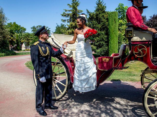 La boda de Jose Luis y Yanulka en Alcalá De Henares, Madrid 32