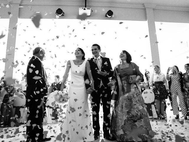 La boda de Mikel y Josune en Getxo, Vizcaya 14