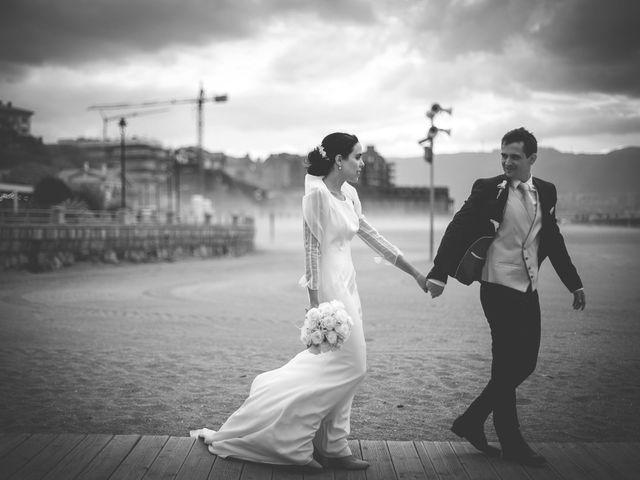 La boda de Mikel y Josune en Getxo, Vizcaya 24