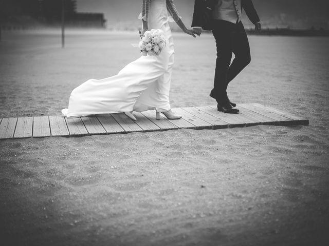 La boda de Mikel y Josune en Getxo, Vizcaya 25