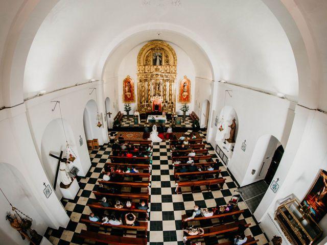 La boda de Julio y Inma en Santa Eularia Des Riu, Islas Baleares 40