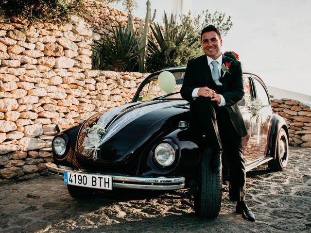 La boda de Julio y Inma en Santa Eularia Des Riu, Islas Baleares 57