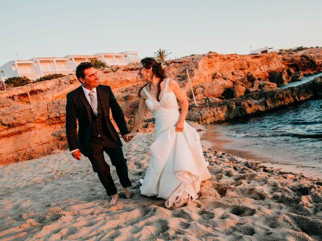 La boda de Julio y Inma en Santa Eularia Des Riu, Islas Baleares 109