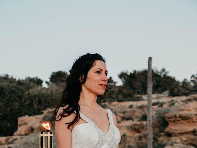 La boda de Julio y Inma en Santa Eularia Des Riu, Islas Baleares 112
