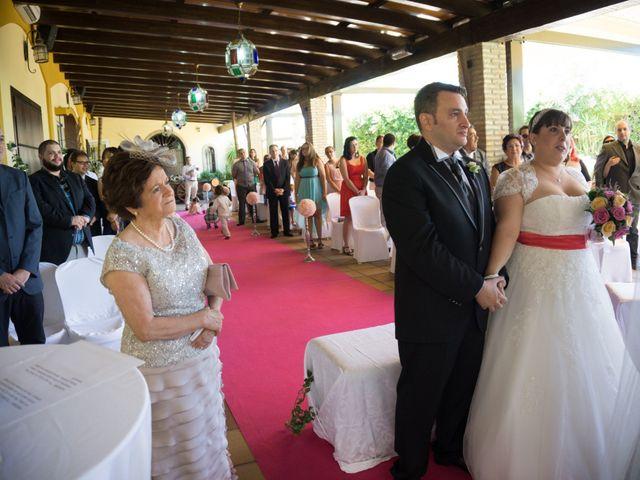 La boda de Adrian y Miriam en Sevilla, Sevilla 2