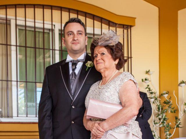 La boda de Adrian y Miriam en Sevilla, Sevilla 7