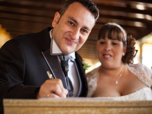 La boda de Adrian y Miriam en Sevilla, Sevilla 18