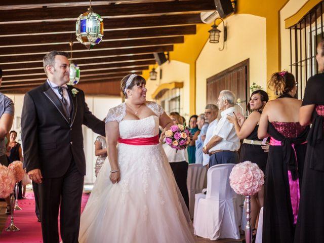 La boda de Adrian y Miriam en Sevilla, Sevilla 23