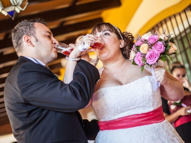 La boda de Adrian y Miriam en Sevilla, Sevilla 24