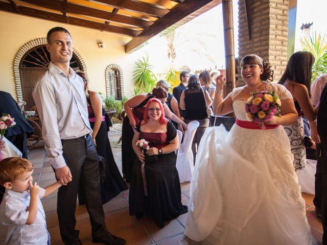 La boda de Adrian y Miriam en Sevilla, Sevilla 28