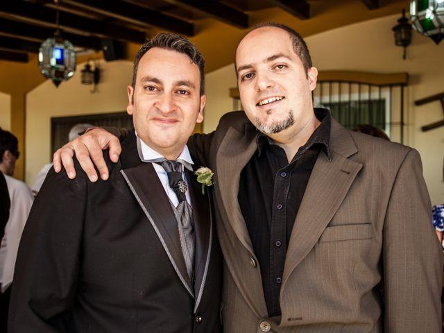 La boda de Adrian y Miriam en Sevilla, Sevilla 31