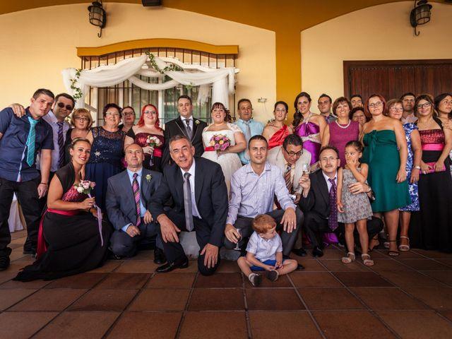 La boda de Adrian y Miriam en Sevilla, Sevilla 34