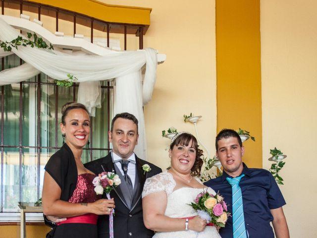 La boda de Adrian y Miriam en Sevilla, Sevilla 37