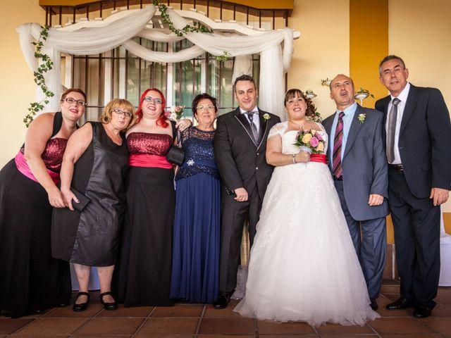 La boda de Adrian y Miriam en Sevilla, Sevilla 39