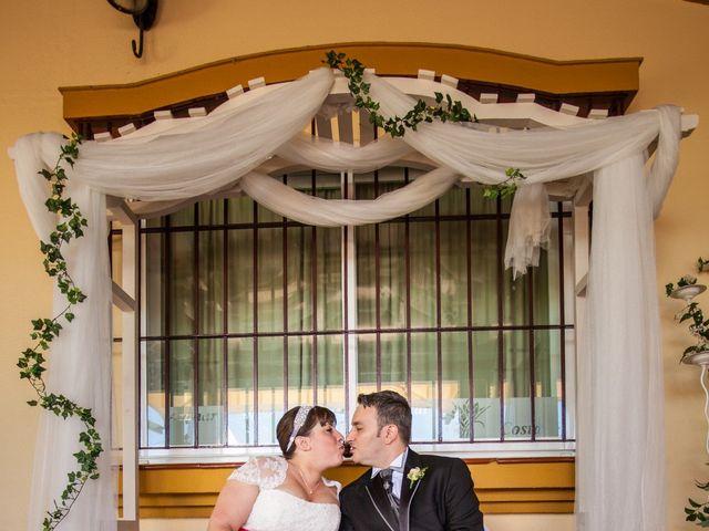 La boda de Adrian y Miriam en Sevilla, Sevilla 45
