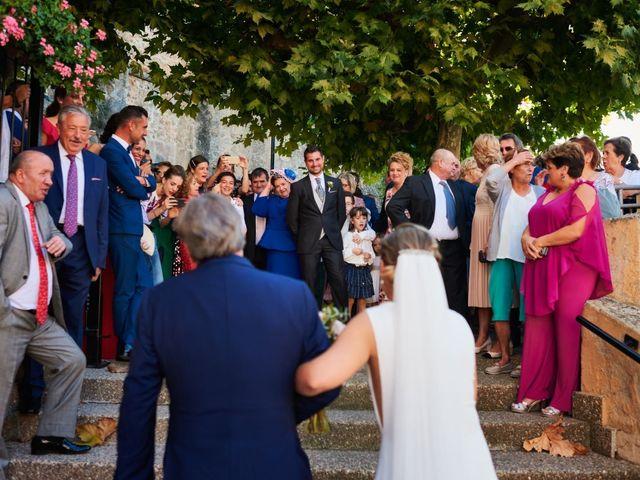 La boda de Jesús y Cristina en Villamediana De Iregua, La Rioja 16