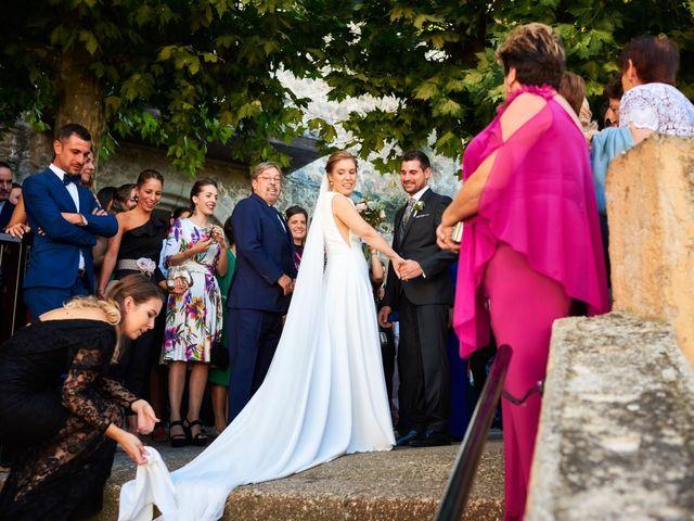La boda de Jesús y Cristina en Villamediana De Iregua, La Rioja 17