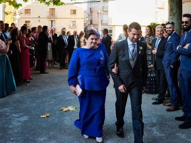 La boda de Jesús y Cristina en Villamediana De Iregua, La Rioja 15