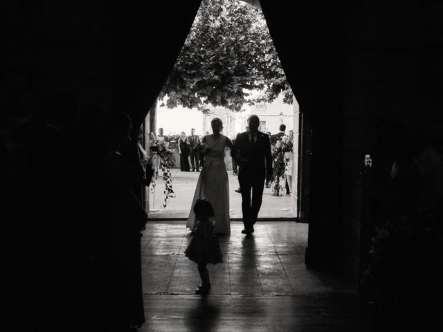 La boda de Jesús y Cristina en Villamediana De Iregua, La Rioja 18