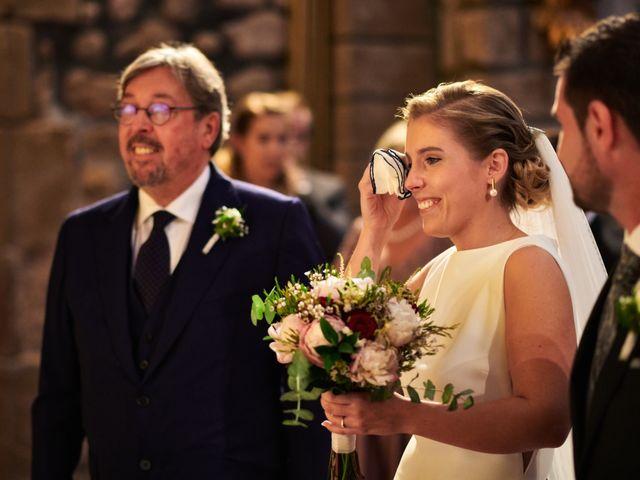 La boda de Jesús y Cristina en Villamediana De Iregua, La Rioja 19