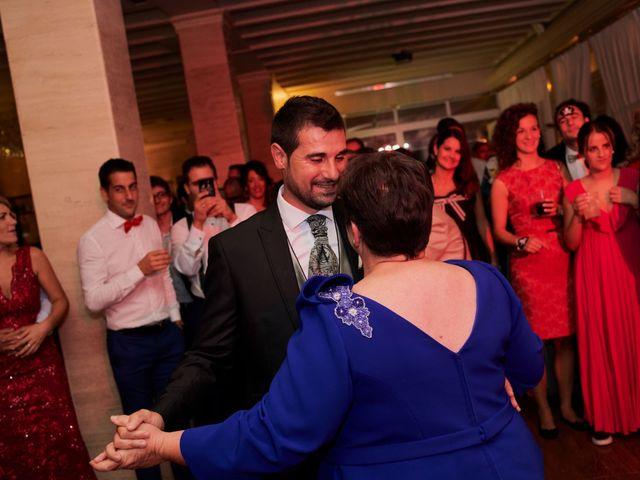 La boda de Jesús y Cristina en Villamediana De Iregua, La Rioja 33