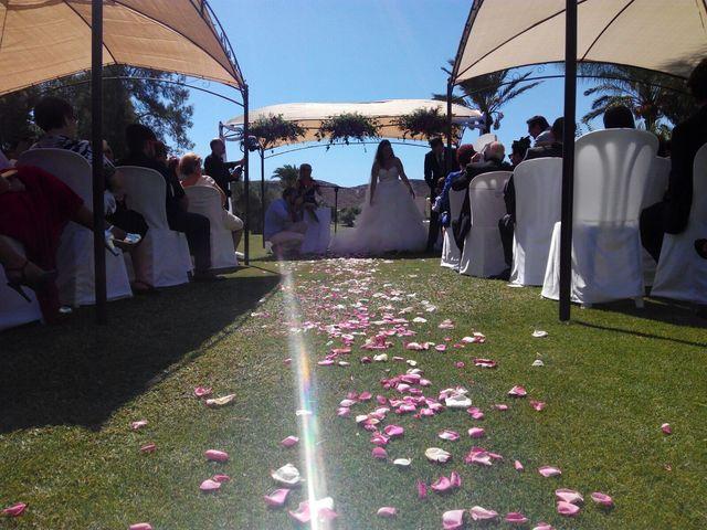La boda de Gabi y Iris  en Alacant/alicante, Alicante 2