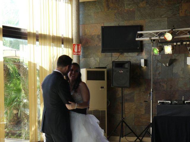 La boda de Gabi y Iris  en Alacant/alicante, Alicante 5