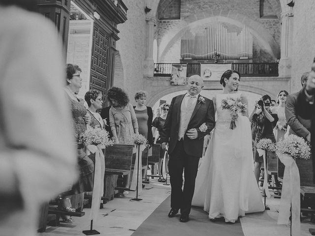 La boda de Edu y Consoli en Manzanares, Ciudad Real 24