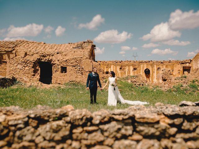 La boda de Edu y Consoli en Manzanares, Ciudad Real 42
