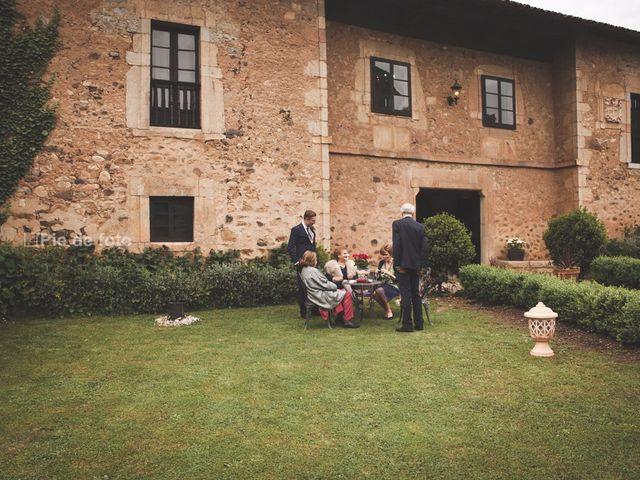 La boda de Piers y Marta en Grado, Asturias 5
